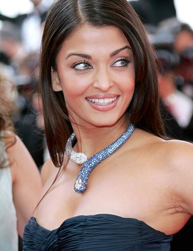 http://hinvi.com/uploads/images/13826-Aishwarya-Rai.jpg